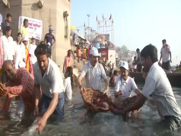 'Namami Gange' campaign on 84 Ganga ghats in Varanasi. (Photo/ANI)