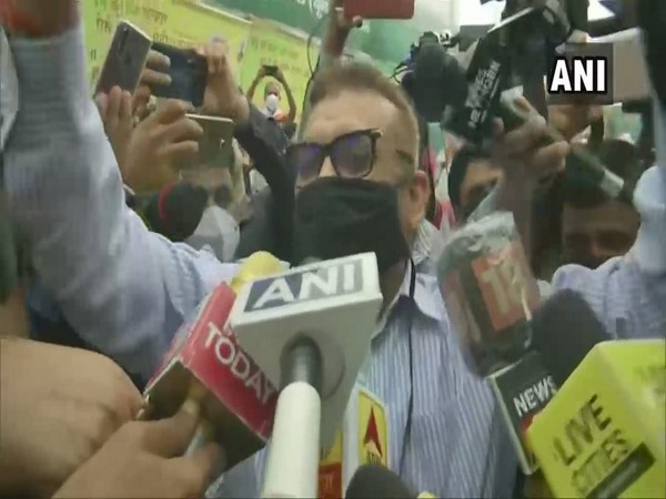 Former Director-General of Police Bihar, Gupteshwar Pandey speaks to media in Patna on Saturday. [Photo/ANI]