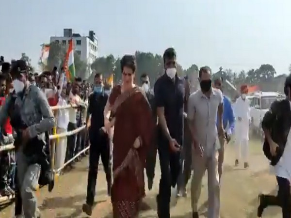 Priyanka Gandhi rushes to reach venue on time in Assam's Tezpur
