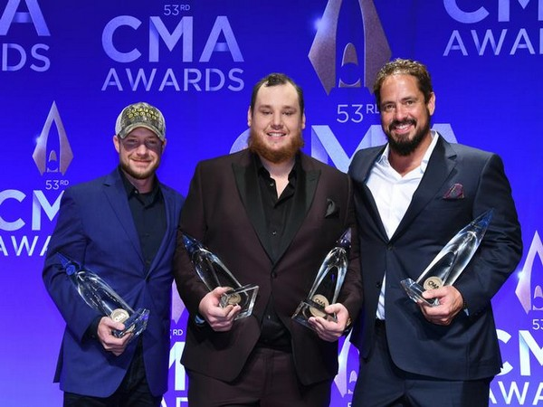 Robert Williford, Luke Combs, and Wyatt B. Durrette at the 53rd Annual CMA Awards