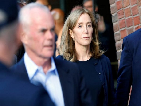 Felicity Huffman leaving the federal courthouse (Picture courtesy: Reuters)