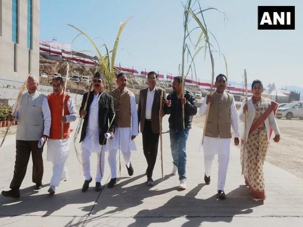 Visual of Chakrata MLA Pritam Singh leading Congress protest demanding increase in sugar cane prices