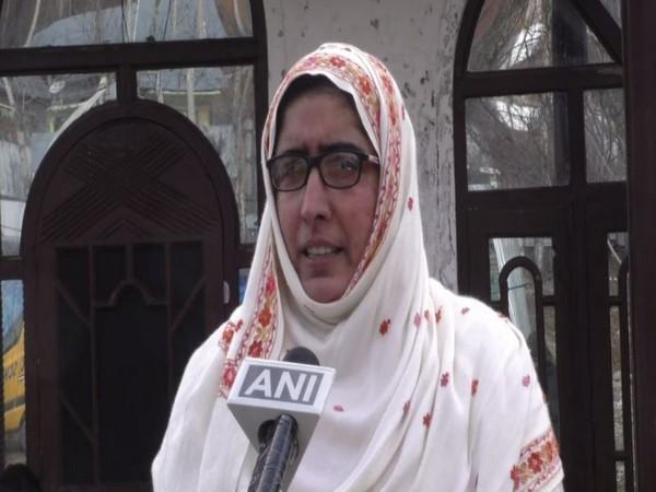 Somia Sadaf speaking to ANI in Kupwara, Jammu and Kashmir