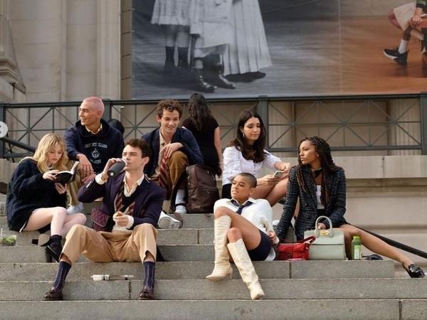 The star cast of 'Gossip Girl' reboot (Image source: Instagram)