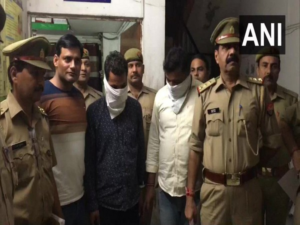 Two bird smugglers arrested in possession of five owls in Indirapuram.
