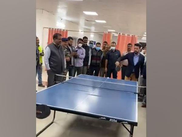 Union Minister Anurag Thakur tries his hand at table tennis during his visit to Sonamarg on Sunday.
