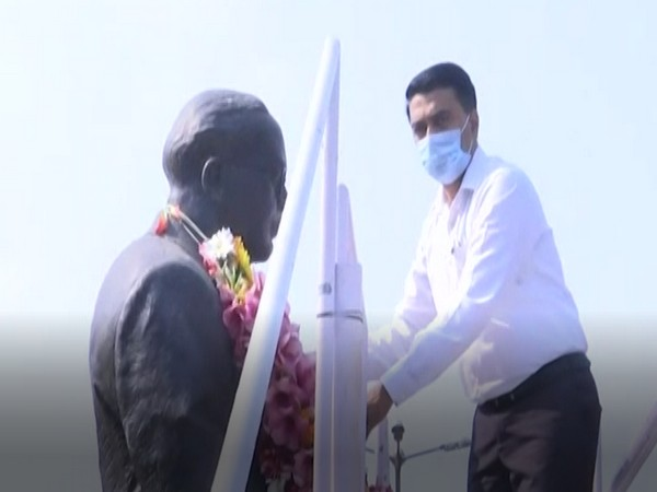 Goa Chief Minister Pramod Sawant paying tribute to Dr BR Ambedkar on the occasion of his 129th birth anniversary in Panaji on Tuesday. Photo/ ANI