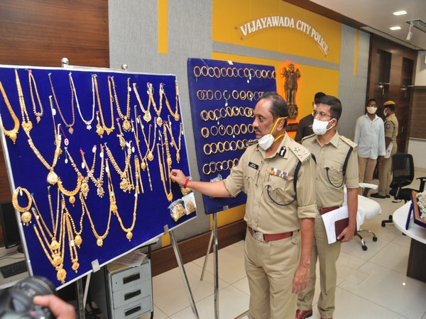 Police showing the gold recovered during a press conference. (Photo/ANI)