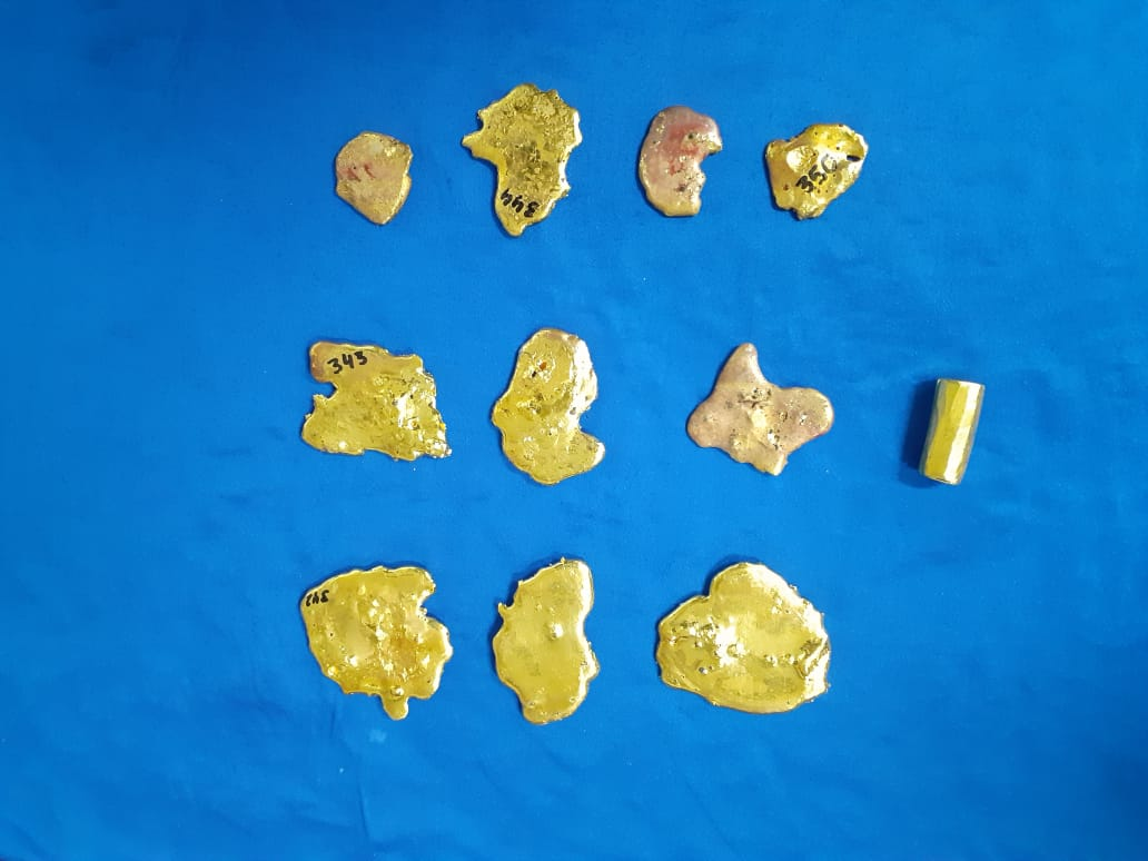 Passengers had concealed gold in rubbery materials in their rectum.