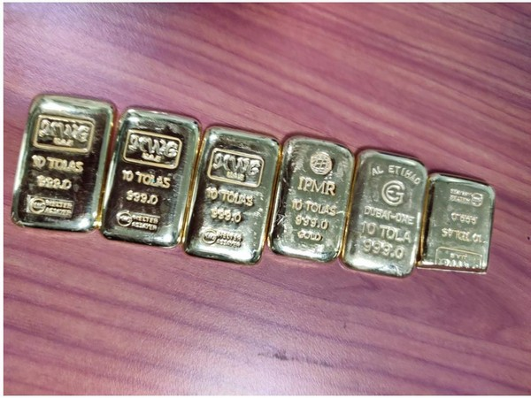 The gold was recovered from an aircraft that arrived from Dubai on September 27. (Photo/ANI)