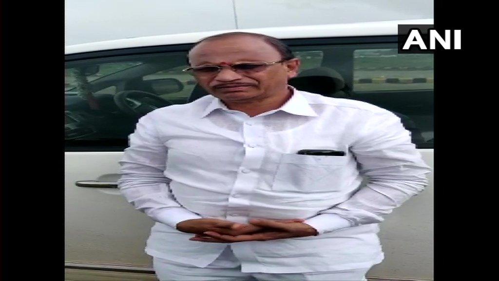 Pratap Gowda Patil talking to ANI at Bengaluru on Sunday
