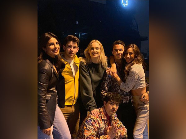 Priyanka Chopra, Nick Jonas, Sophie Turner, Kevin Jonas, Danielle Jonas and Joe Jonas ( L to R), Image courtesy: Instagram