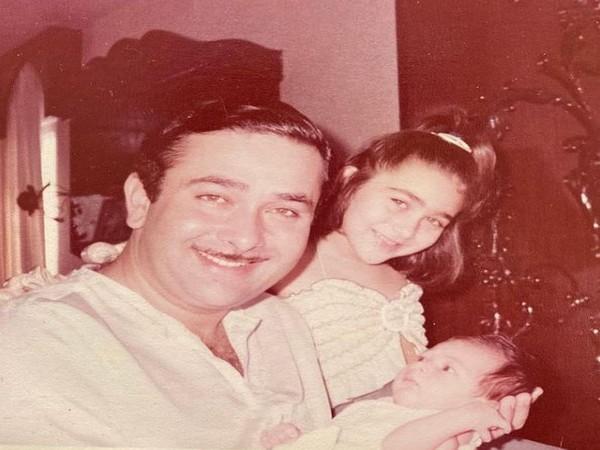 Randhir Kapoor, Karisma Kapoor with baby Kareena Kapoor Khan (Image Source: Instagram)