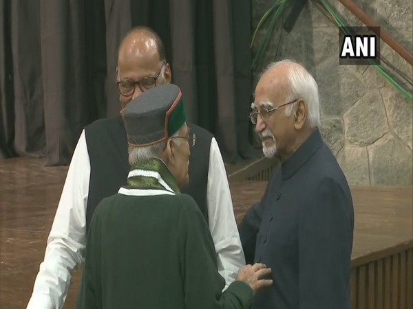Former Vice President Hamid Ansari, NCP chief Pawar and BJP leader MM Joshi at an event in New Delhi to mark 100th birth anniversary of former PM IK Gujral. Photo/ANI