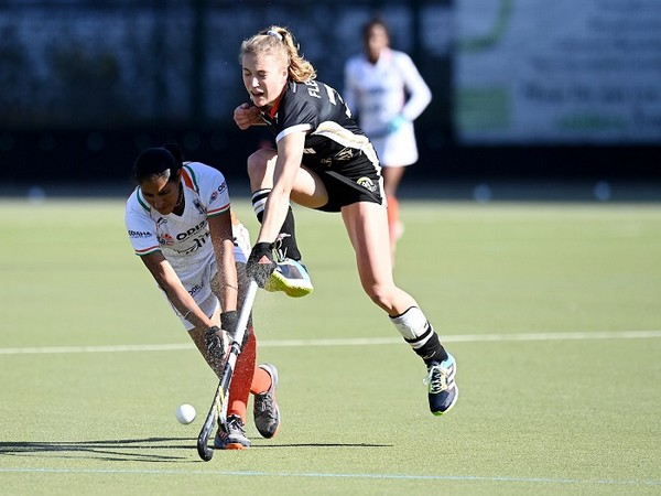Indian women's hockey player Gurjit Kaur in action during the match (Photo/ Hockey India)