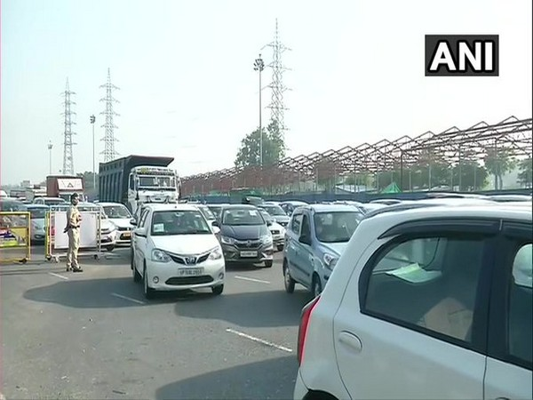 Traffic congestion was seen at the Delhi-Gurugram border today. [Photo/ANI]