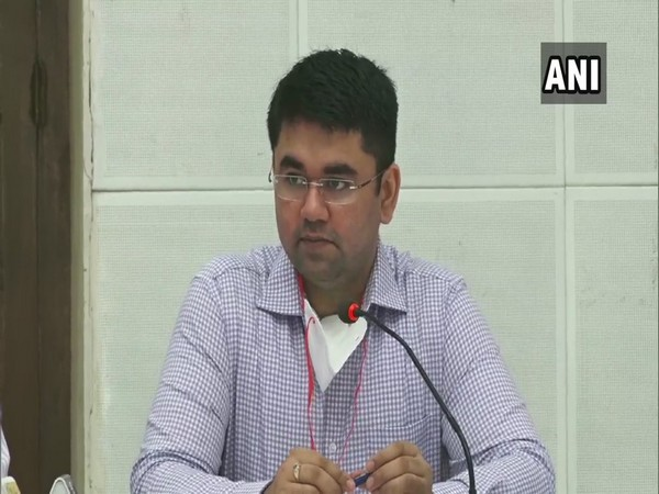 Vinay Pratap Singh, Commissioner, Gurugram Municipal Corporation addressing a press confernence on Friday. (Photo/ANI)