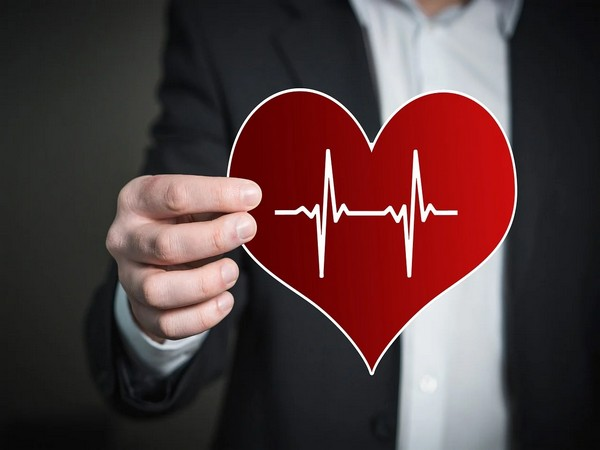 Hydroxychloroquine and chloroquine were associated with higher rates of various cardiovascular problems.