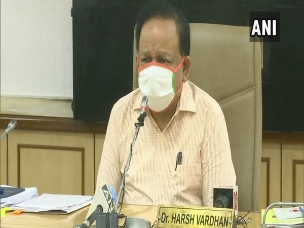 Dr Harsh Vardhan launches eBlood Services Mobile App on Thursday [Photo/ANI]