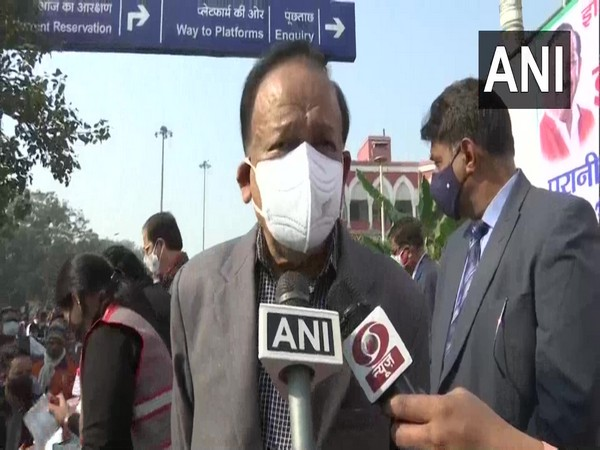 Union Health Minister Harsh Vardhan speaking to reporters in New Delhi on Monday.