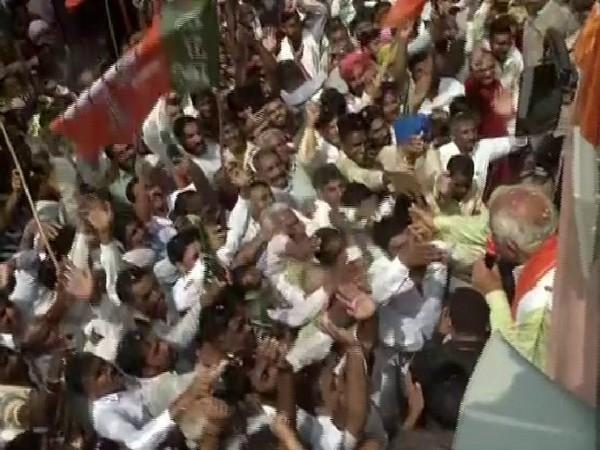 Chief Minister of Haryana Manohar Lal Khattar in a rally held under 'Jan Aashirwad Yatra' in Haryana on Friday. Photo/ANI