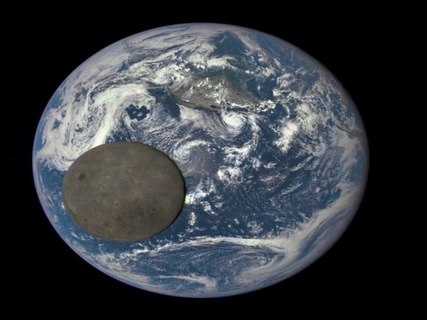 The composition of the Moon's near side is oddly different from that of its far side, and scientists think they finally understand why. (Image credits: NASA/NOAA)