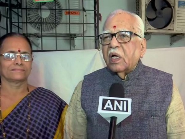 BJP leader Ram Naik talking to ANI in Mumbai on Sunday