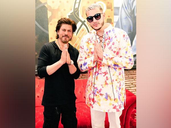 Shah Rukh Khan and DJ Snake (Image courtesy: Instagram)