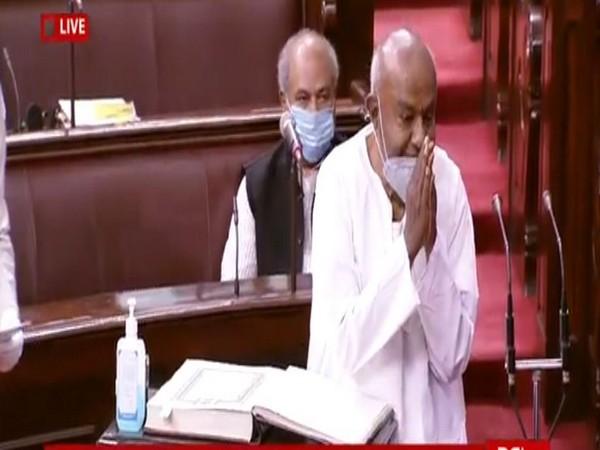 Former PM HD Deve Gowda taking oath as Rajya Sabha member on Sunday.