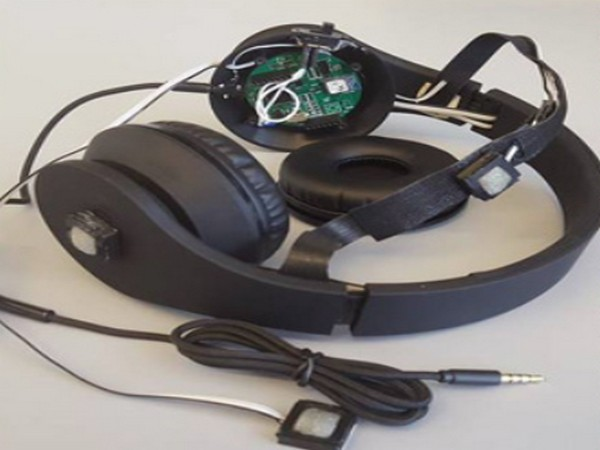 The headphones are fitted with small microphones that use intelligent signal processing to detect the sounds of vehicles that are dangerously close (Picture Courtesy: Columbia University website)