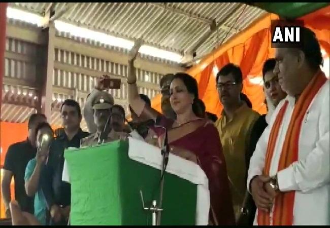BJP MP Hema Malini campaigning in Panipat, Haryana on Saturday. Photo/ANI