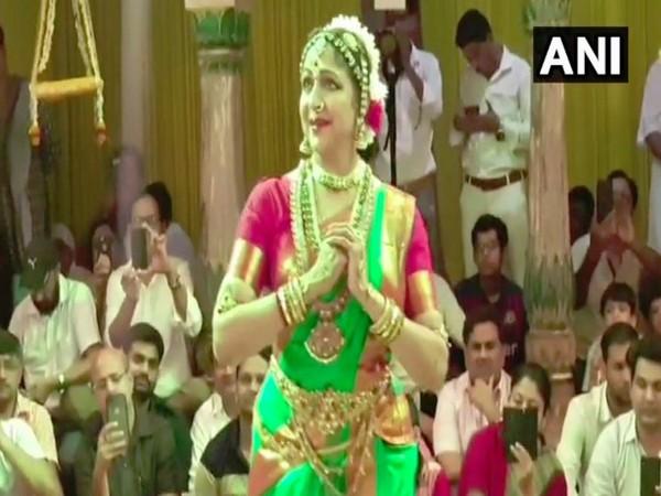 BJP MP Hema malini performs at Sri Radha Raman Temple in Vrindavan on Friday. Photo/ANI