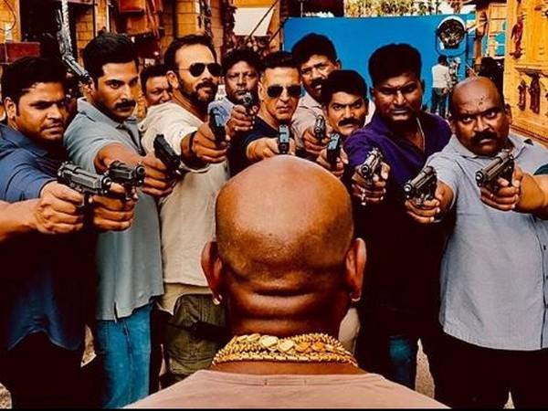 Akshay Kumar and Rohit Shetty at the set of 'Sooryavanshi'