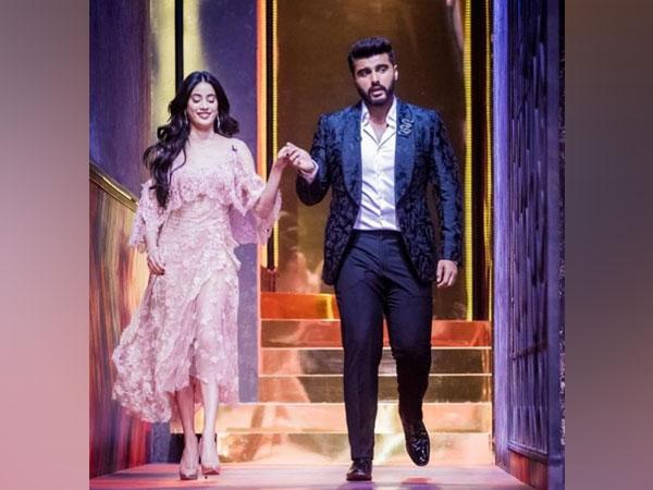 Celebrity brother-sister duo Arjun Kapoor and Janhvi Kapoor (Image Source: Instagram)
