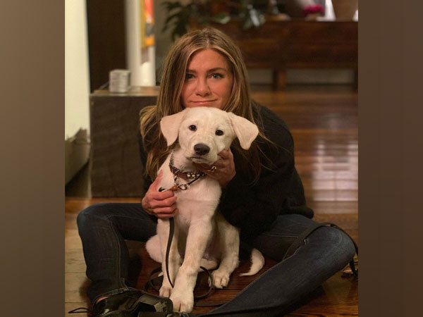 Jennifer Aniston and her pet (Image courtesy: Instagram)