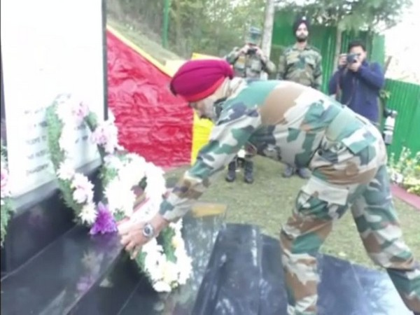 GP Singh, GOC 19 Division, Baramulla, lays wreath at the memorial during the Infantry Day celebrations on Sunday. Photo/ANI