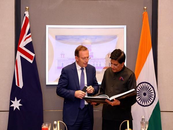 Union Minister Piyush Goyal with Australian Prime Minister's Special envoy, Tony Abbott (left) (Photo/ANI)