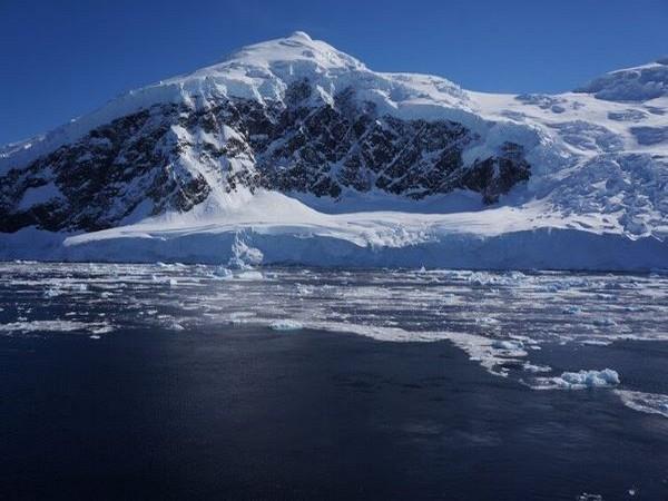 Antarctic glacier (Image courtesy: The European Space Agency)