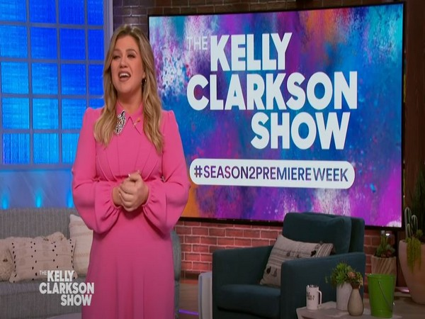 Kelly Clarkson (Image courtesy: Youtube)