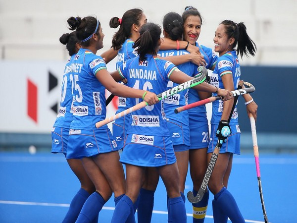 Indian women's hockey team rejoicing after securing a berth in the final. (Photo/Hockey India Twitter)