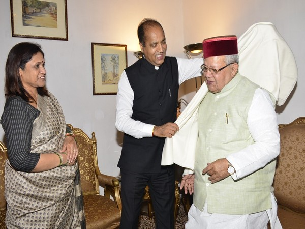 Newly-appointed Himachal Pradesh Governor Kalraj Mishra received a rousing welcome by Chief Minister Jai Ram Thakur in Shimla on Sunday. Photo/ANI
