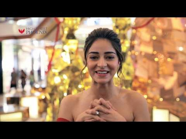 Christmas decor unveil with Ananya Pandey