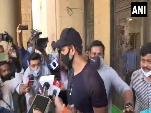 Actor Hrithik Roshan leaves the office of Mumbai Police Crime Branch after recording his statement in connection with 2016 complaint in fake email ID case.