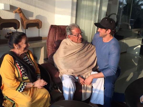 (Image Courtesy: Twitter)Hrithik Roshan's grandfather and filmmaker J Om Prakash