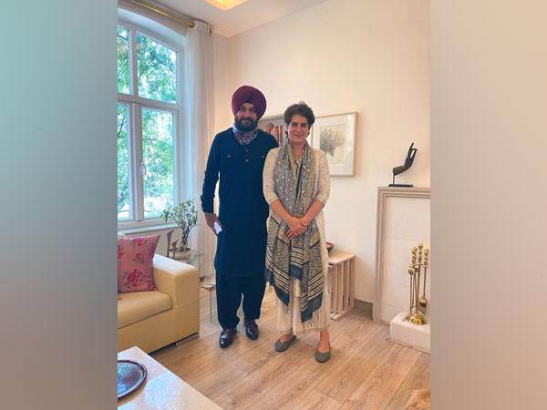 Punjab Congress leader Navjot Singh Sidhu met the party's general secretary Priyanka Gandhi Vadra at her residence.
