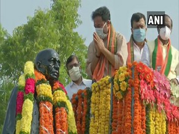 Union Minister of State for Home G Kishan Reddy pays floral tributes to a statue of Sardar Vallabhbhai Patel in Hyderabad on Saturday. (Photo/ANI)