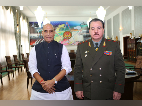 Defence Minister Rajnath Singh met with his Tajikistan counterpart Sherali Mirzo (Photo Credit: Twitter)