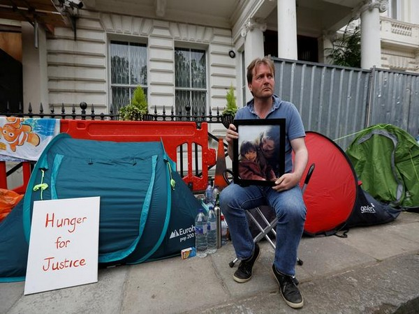 Richard Ratcliffe, husband of jailed Nazanin Zaghari-Ratcliffe, outside the Iranian Embassy in London