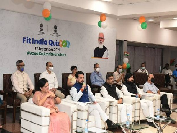 Anurag Thakur during the launch of the Fit India quiz (Photo/ PIB)