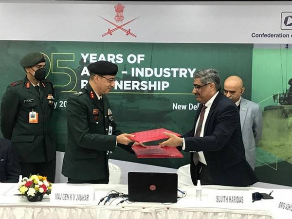 MoU being signed between the Indian Army and SiDM